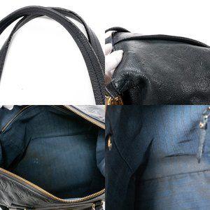 Louis Vuitton Bags - Selena Gomez Fave LOUIS VUITTON bag